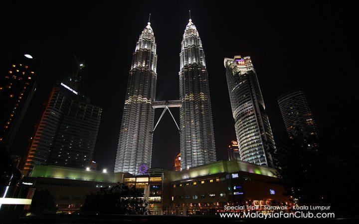 ตึกแฝดปิโตรนาส (Petronas twin tower) ประเทศมาเลเซีย