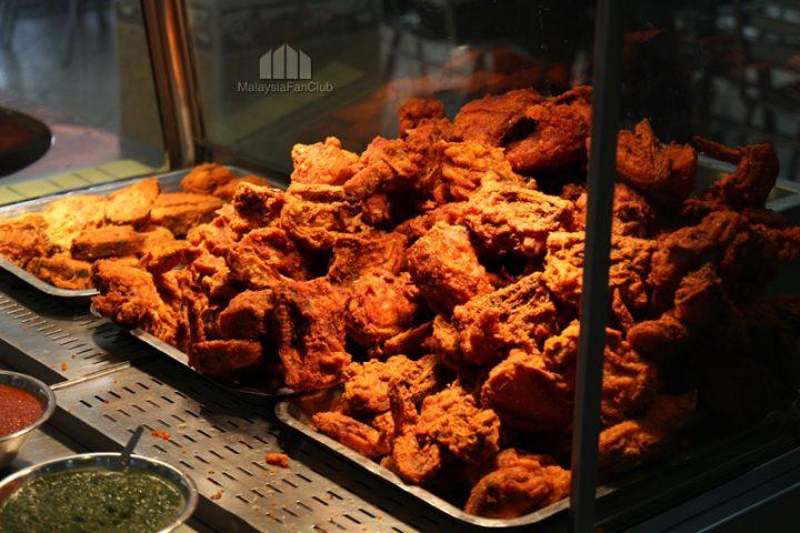 Nasi Kandar อาหารอินเดียมุสลิม เปิด 24 ชั่วโมง ใกล้ ตึกแฝด กัวลาลัมเปอร์